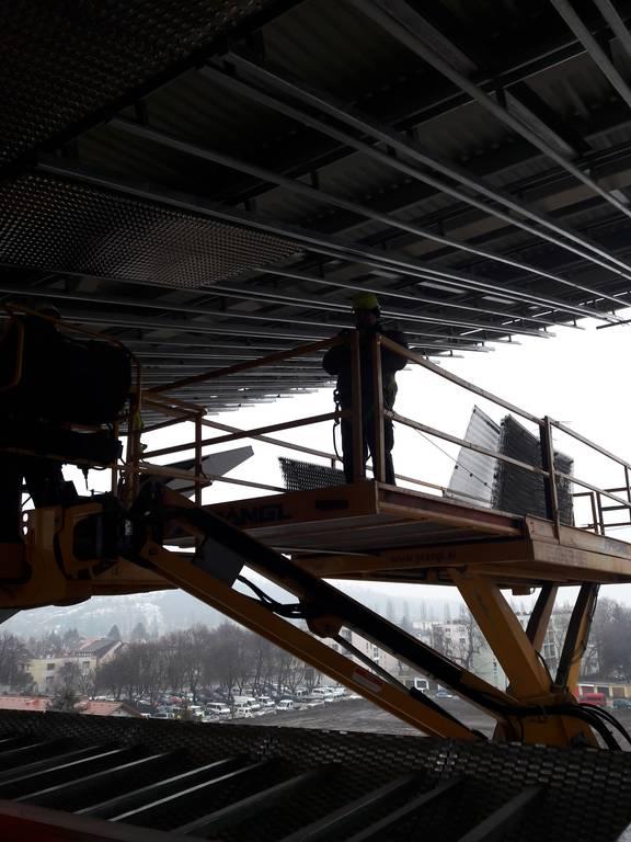 dvtk-stadion-szereles-acelepitok-konzol-metal-32